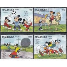 Дисней Мальдивы 1990, Фил-выставка LONDON-90, Герои Диснея и спорт, серия 4 марки